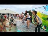 Клубный танец на Фестивале красок!