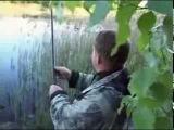 Ловля карася на червя поплавочной удочкой видео «Рыбачьте с нами» смотрим