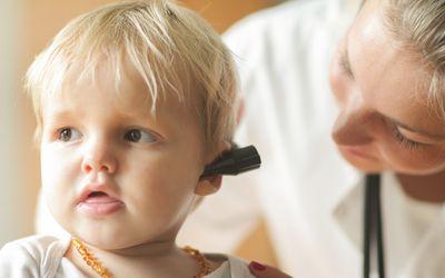 Оталгия и лихорадка были наиболее распространенными симптомами, отмеченными в этой популяции пациентов.