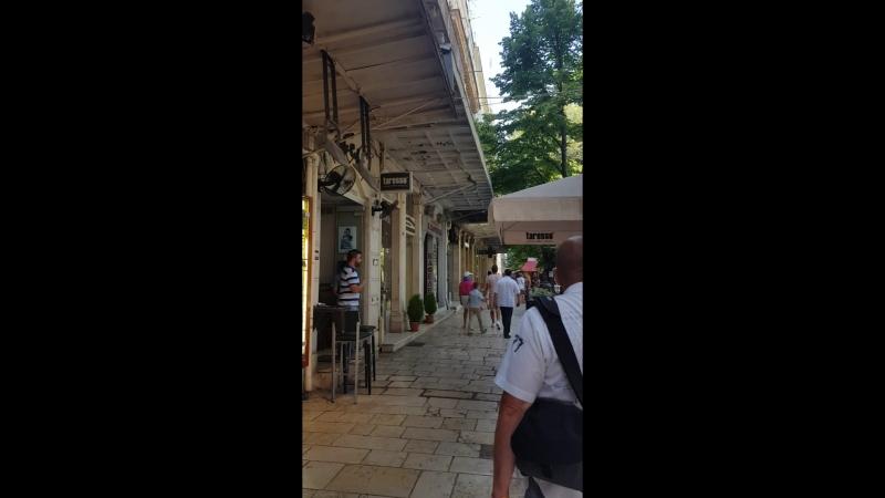 Прогулка по столице Керкире.