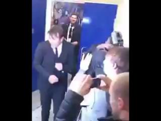 Как Антонио Конте встречали в раздевалке!🍷