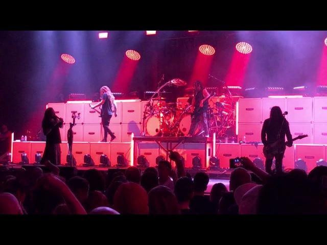 Korn - Complete Encore Chester Bennington Tribute, 4U, Blind, Its On, Freak on a Leash(Live 7-20-17)