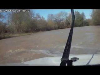 Смотри не пожалеешь!...такое спокойствие я видел только у девушки которая тонет на машине в грязи...