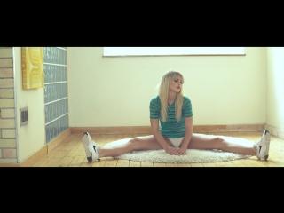 Ruby Kelly - Hot Blonde