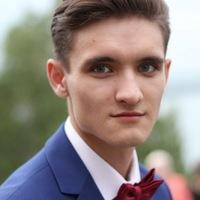 Илья Астапенко
