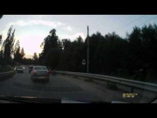 Сбитый скутерист в Ленинградской области, поселок Белогорка