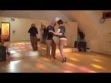 Валерий Калинин и Надежда Саратовская - бальбоа под танго на милонге от Школы Владимира Батия