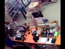Ставропольский судья Макаров Юрий заставил голую блондинку купить шампанское и снял ее на видео