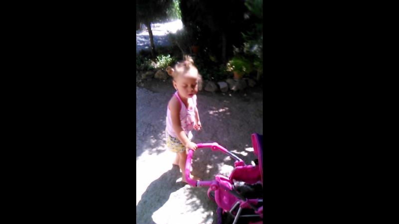 Video-30666a838671ad8e0baeeb690b381f05-V.mp4