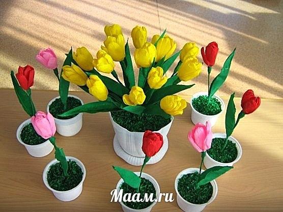 Тюльпаны с конфетами своими руками из гофрированной бумаги