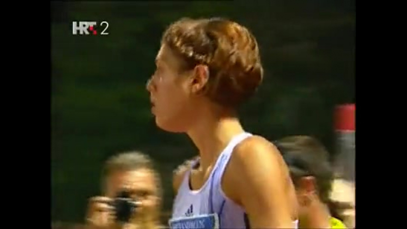 Blanka Vlasic soars to 2.08m