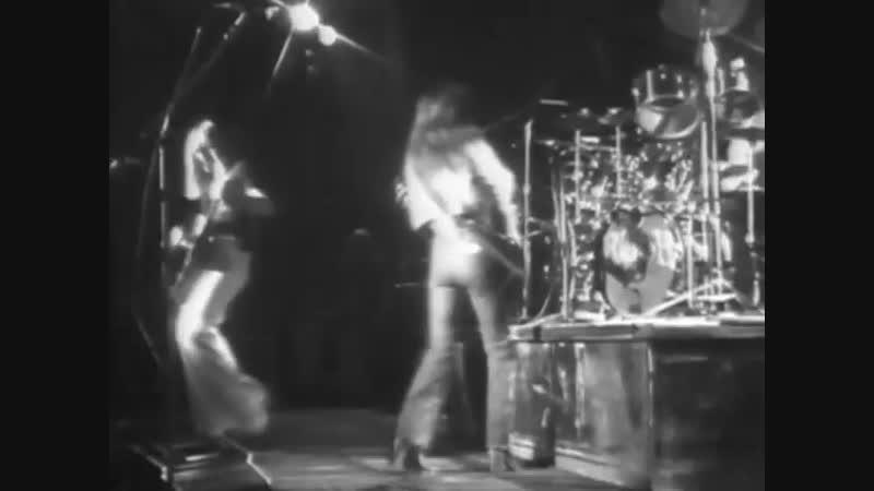 Rush - Capitol Theatre (Passaic, NJ) 1976