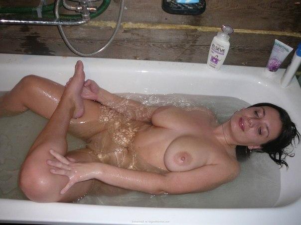 голые мамки в ванной фото