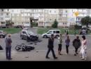 Аварія на вулиці Павличенко. Дорогу не поділили мотоцикліст та водій автомобіля. Наразі лікарі борються за життя двох постраждал