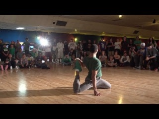 | vk.com/redbullbc1<< Bboy Morris vs. Janae [Play It Loud] | vk.com/redbullbc1<<