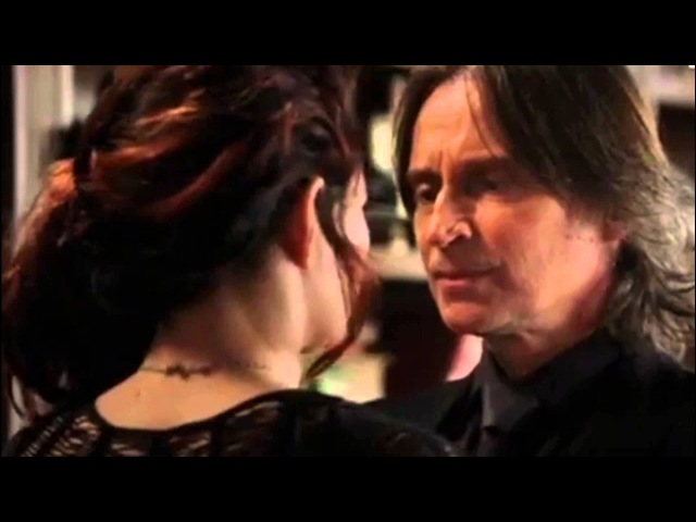 Once Upon A Time Season 2 Crack Edition Rumbelle RumpledLace Baelfire Peter Pan