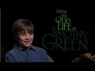CJ Adams Talks Family Fun on The Odd Life of Timothy Green Set With Jennifer Garner