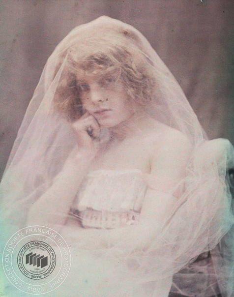 Фотосессия начала 20 века. Фотограф: André Hachette.