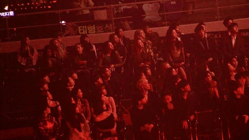 워너원,아이유(IU),트와이스,아이즈원 Reaction To BTS (방탄소년단) Full Ver, @181128 AAA[ 4k Fancam/직캠