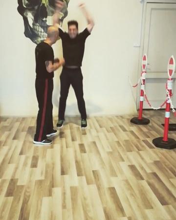 Can Höcük on Instagram Çağlar Ertuğrul Krav Maga Training 🇹🇷👍 KMCH İsdco canhocuk kravmaga kapap selfdefence kravmagacombathouse womensel