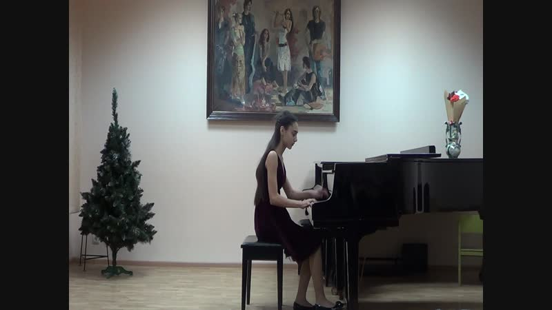 Играет Елена Саакян, подготовительные курсы. Бах Инверция D-dur. Черни Этюд. Григ Сердце поэта