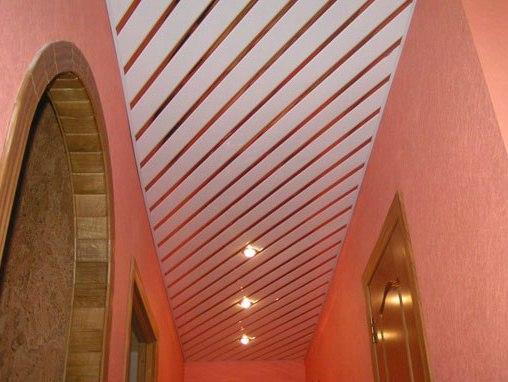 Необычный реечный потолок от производителя