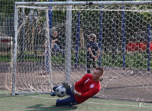 Парирую пенальти в исполнении Евгения Камынина, Теодор - Скай, Первая лига-2013.