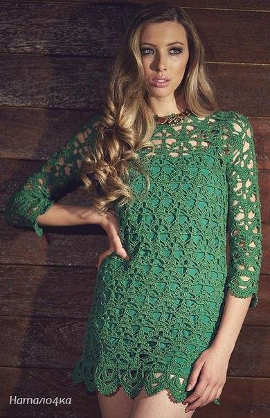 Зеленое платье (2 фото) - картинка