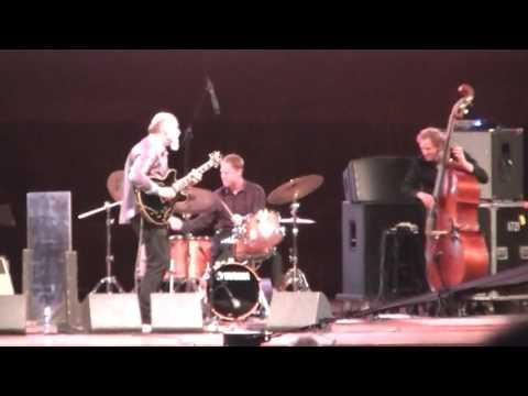 John Scofield Joe Lovano Quartet at Chicago Jazz Festival 2016, Sun September 4 2016