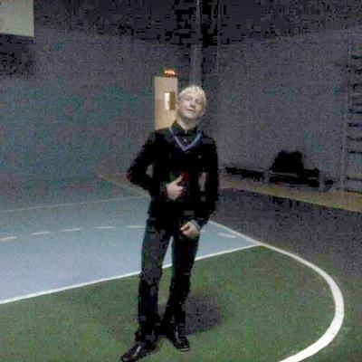 Максим Брызгалов, 5 июня 1998, Курган, id182701509