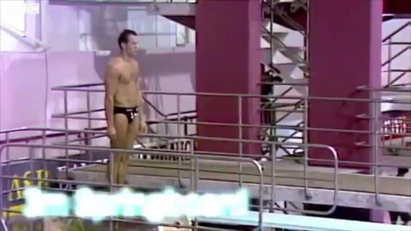 Jason Statham professionally diving in the 90s before he started acting