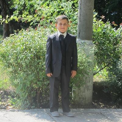 Денис Гурцкая, 9 сентября 1999, Кривой Рог, id201082759