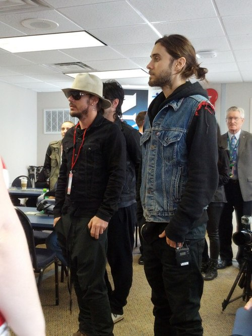 30 Seconds to Mars 2AYyqlP-sgI