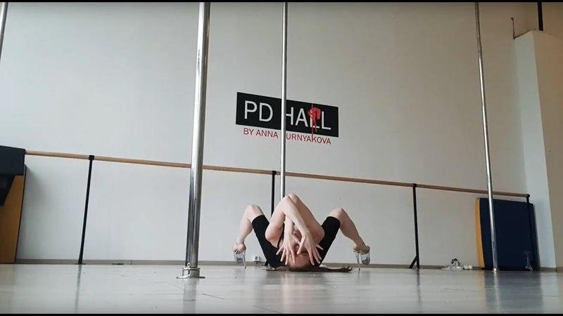 Pole dance improvisation Timoshenko Anastasia. Music - Sergey Lazarev (Сергей Лазарев - Так красиво)