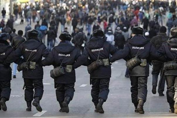 Когда милицию переименовали в полицию Милиция и полиция  в чем разница