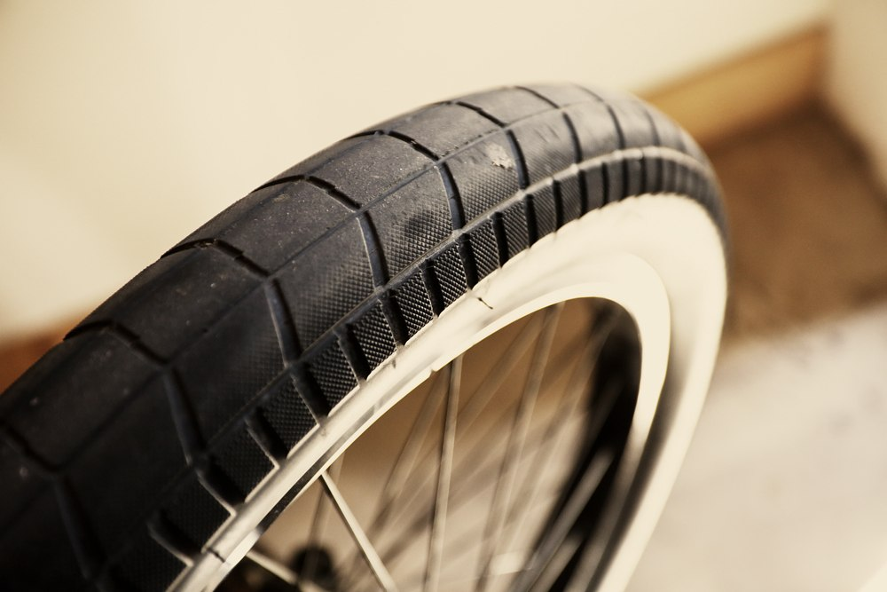 Miles Rogoish bikecheck tyre