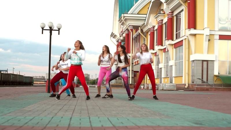 July reggaeton from Tatiana Shatohina and crazy girls
