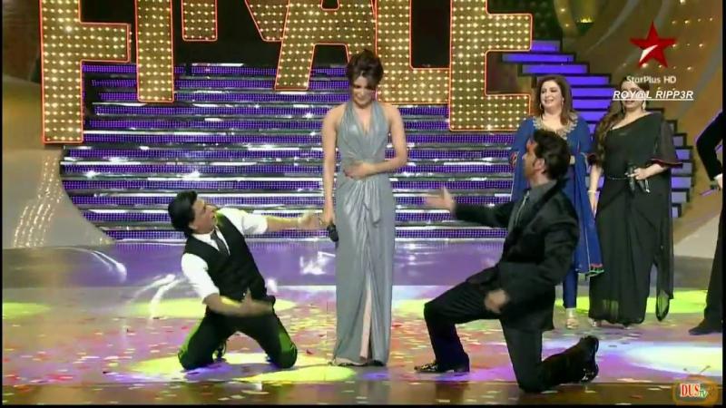 Приянка Чопра, Ритик Рошан и Шахрукх Кхан на финальном шоу танца Just Dance 29 сентябрь 2011