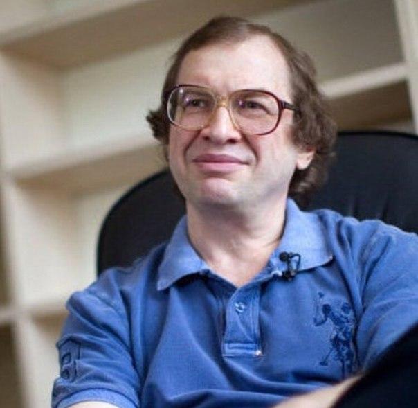 Умер основатель финансовой пирамиды «МММ» Сергей Мавроди.