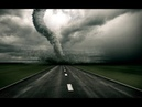 ШОК НЕ ПОВЕРИТЕ Торнадо переходит дорогу в не положенном месте