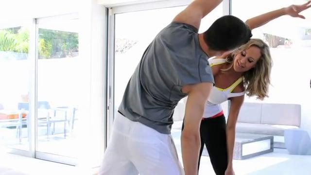 Brandi Love - Trainer femmehomme sexy