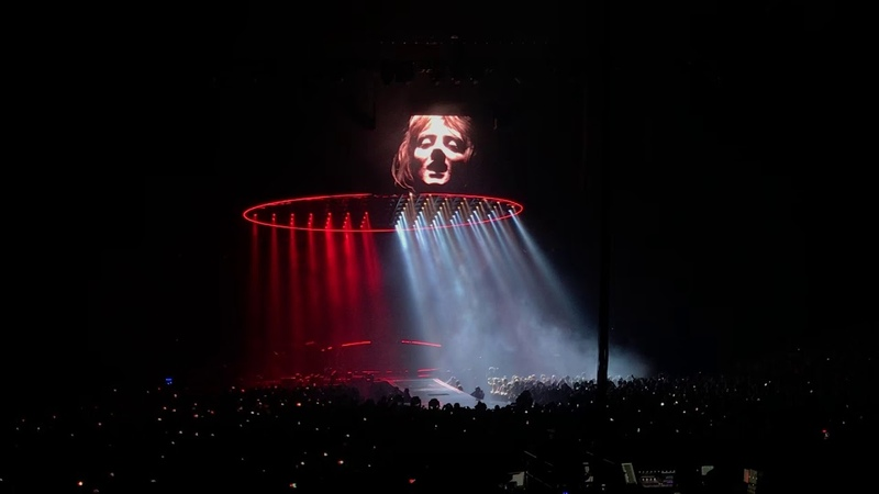 Bohemian Rhapsody - Queen and Adam Lambert live @ Sportpaleis Antwerp