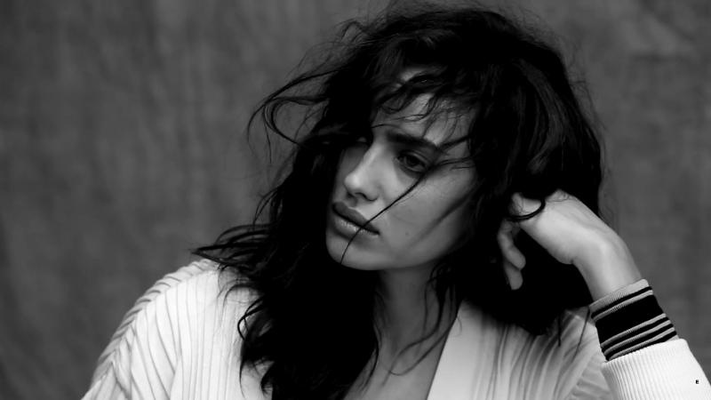 Irina Shayk HD Bianco Love You Too Much