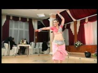 Lia Dzovanelo-Indiski Tanc