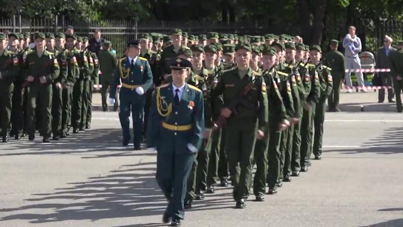 Курсанты ЧВВИУРЭ приняли воинскую присягу