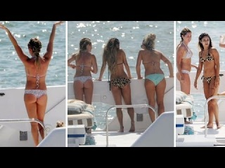 Ashley Tisdale And Vanessa Hudgens -- ASSES OUT In Miami!!!