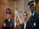 """Extrait de """"A gauche en sortant de l'ascenseur"""""""
