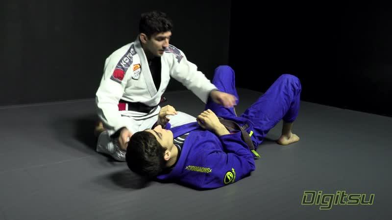 Lucas Lepri - KOB Wrist Lock to ezekiel_choke