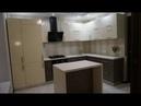Дизайн кухни 9,5 кв. метров с островом