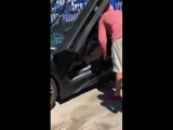 XXXTentacion застрелен в Майами.